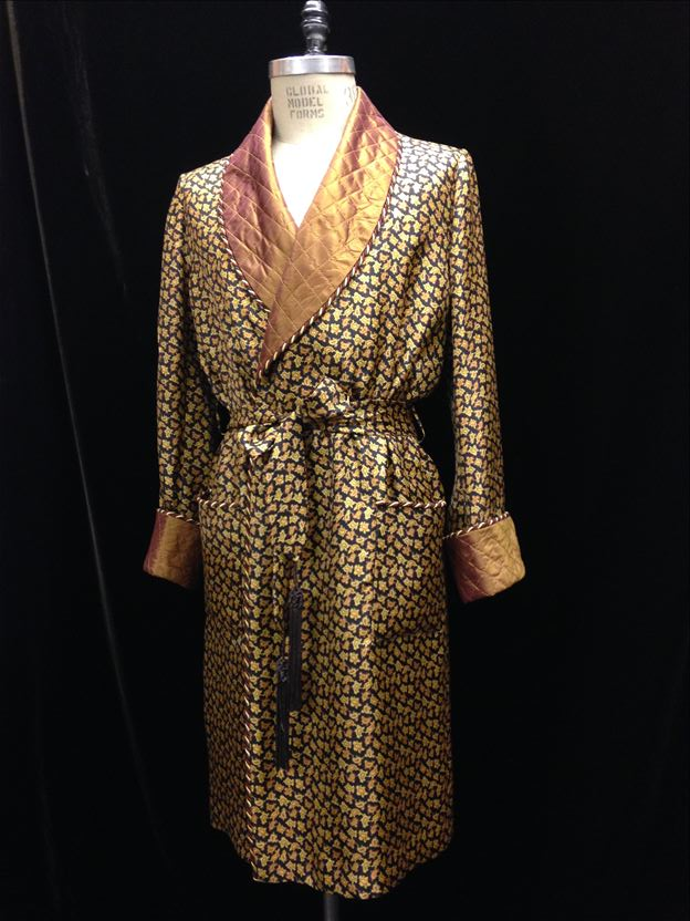 Thomas von Nordheim Couture - Dressing gown in rifle green cashmere and quilted silk