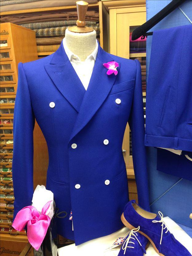 Thomas von Nordheim – Suit in royal blue grain de poudre gabardine