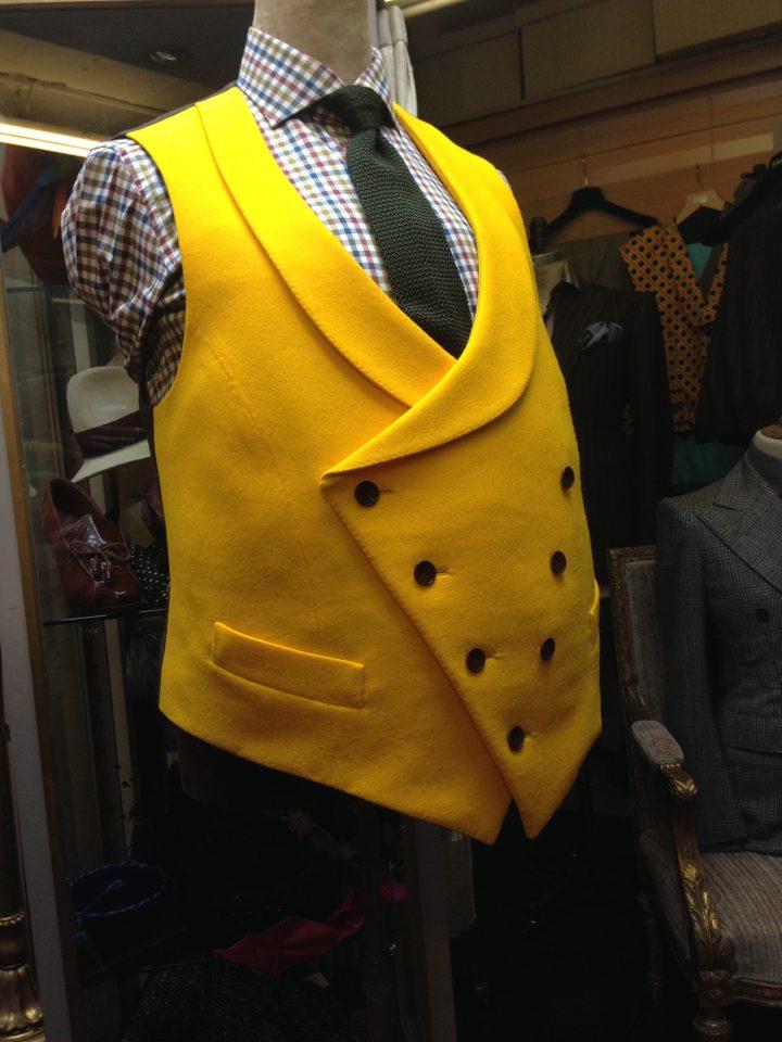 Thomas von Nordheim – Waistcoat in yellow wool felt