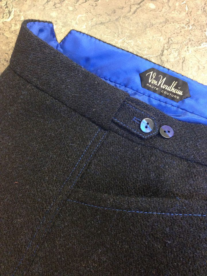 Thomas von Nordheim – suit in handwoven navy Harris tweed